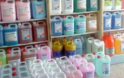 ¿Como iniciar un negocio de productos de limpieza sueltos?